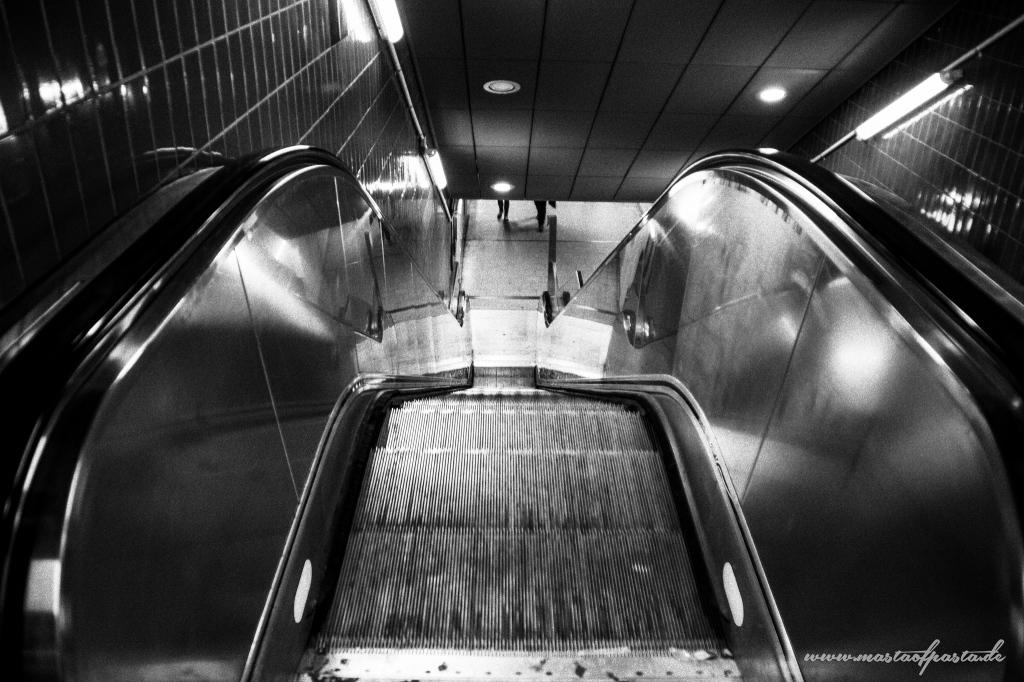 hamburg-sbahn-jungfernstieg-2